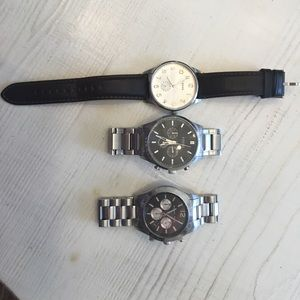 3 men's watches! 1 Michel Kors and 2 fossil